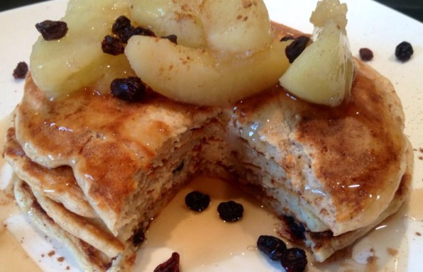 apple-cinnamon-raisin-protein-pancakes