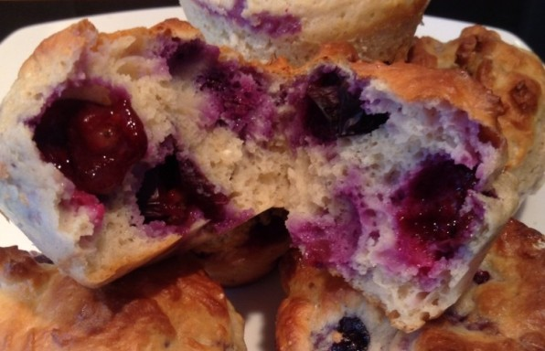 skinny'-Blueberry-Protein-Muffins.-imagedocx