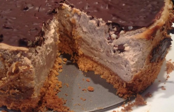 snickers-cheesecake-image-2
